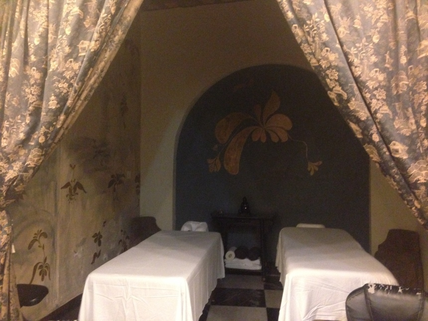 anam a buddhist bar and spa in old san juan enlightened spa review. Black Bedroom Furniture Sets. Home Design Ideas